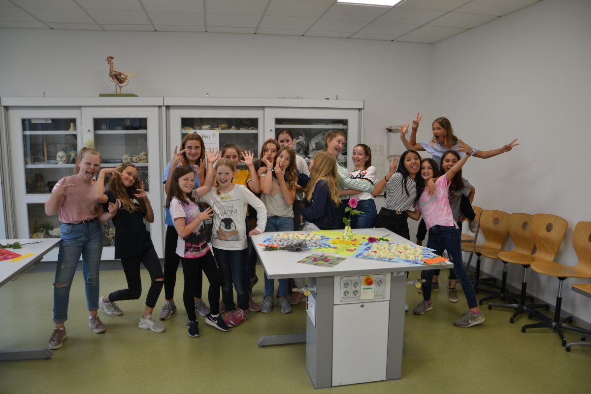 Projektwoche: Schülerinnen stellen Naturkosmetik her